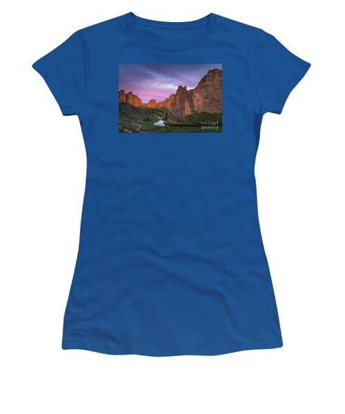 Smith Rock State Park, Oregon Women's T-Shirt