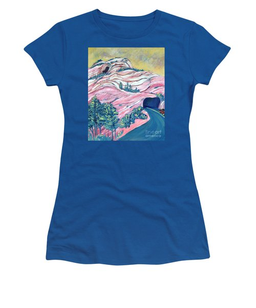 Wavy Rocks Women's T-Shirt