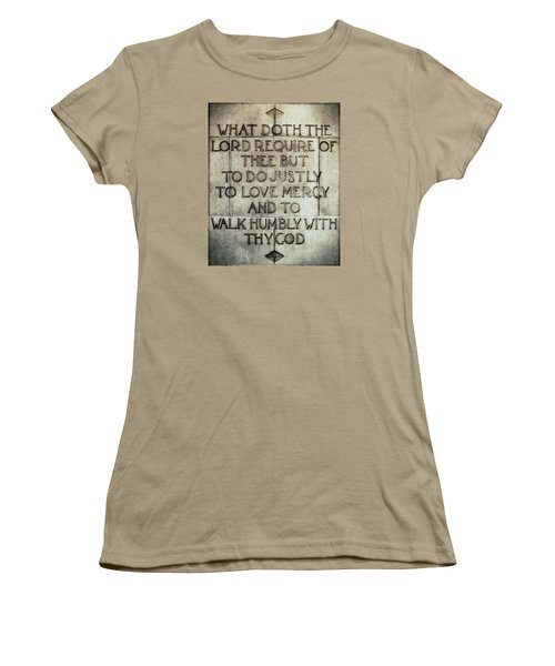 Women's T-Shirt (Junior Cut) featuring the photograph The Writing Is On The Wall by Glenn McCarthy Art and Photography