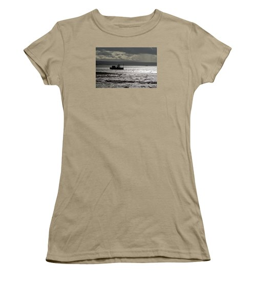 Women's T-Shirt (Junior Cut) featuring the photograph Low Tide In Isle Of Skye by Dubi Roman