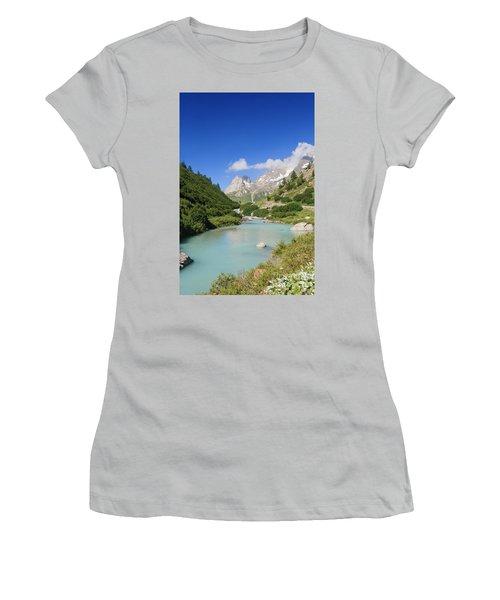 Dora Stream. Veny Valley Women's T-Shirt (Athletic Fit)