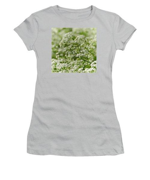 Queen Annes Lace Women's T-Shirt (Athletic Fit)