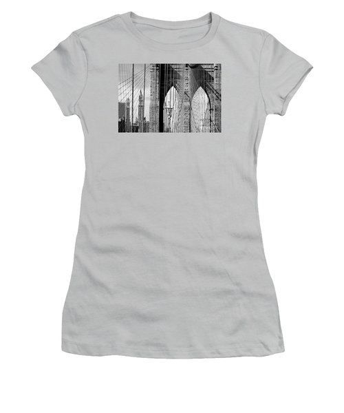 Brooklyn Bridge New York City Usa Women's T-Shirt (Athletic Fit)