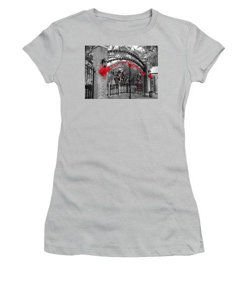 Carousel Gardens - New Orleans City Park Women's T-Shirt (Athletic Fit)