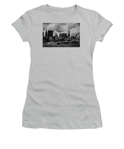 Chicago City Skyline Women's T-Shirt (Junior Cut) by Miguel Winterpacht