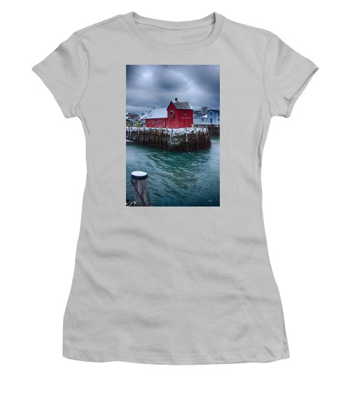 Christmas In Rockport Massachusetts Women's T-Shirt (Athletic Fit)