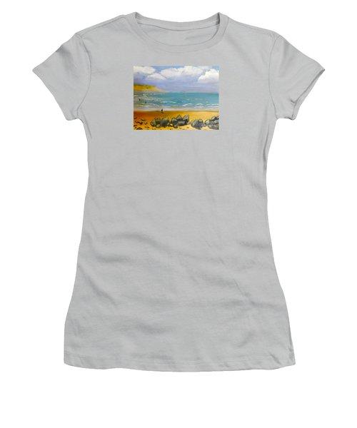 Corrimal Beach Women's T-Shirt (Athletic Fit)