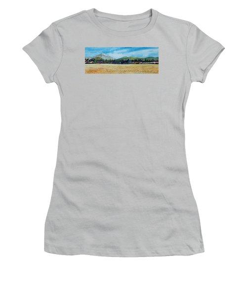 Deschutes River View Women's T-Shirt (Athletic Fit)