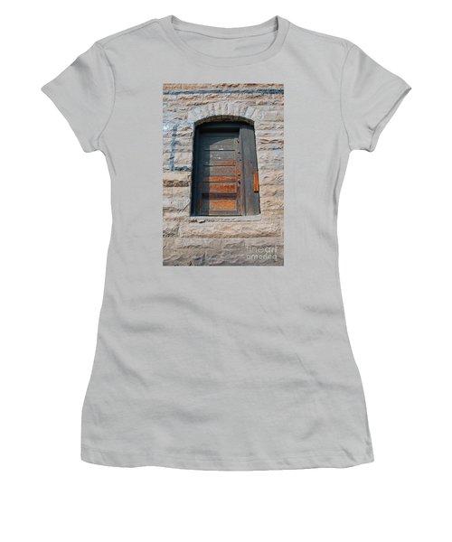 Door Series 2 Women's T-Shirt (Athletic Fit)