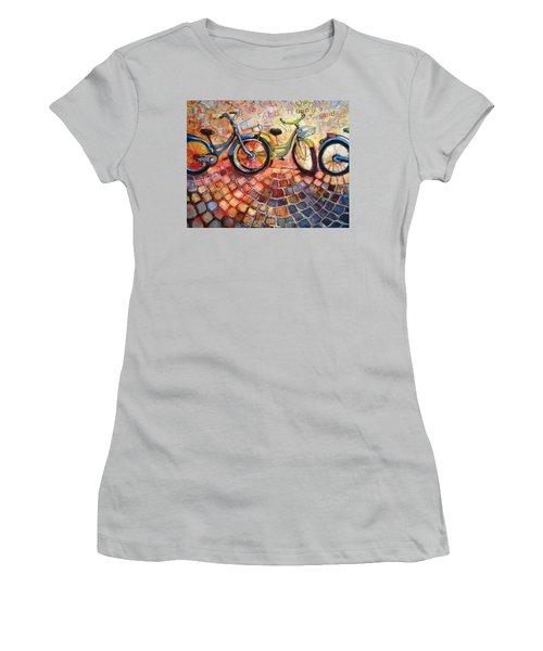 Fa Caldo Troppo Guidare Women's T-Shirt (Athletic Fit)