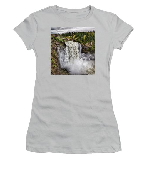 Falls In Love Women's T-Shirt (Athletic Fit)