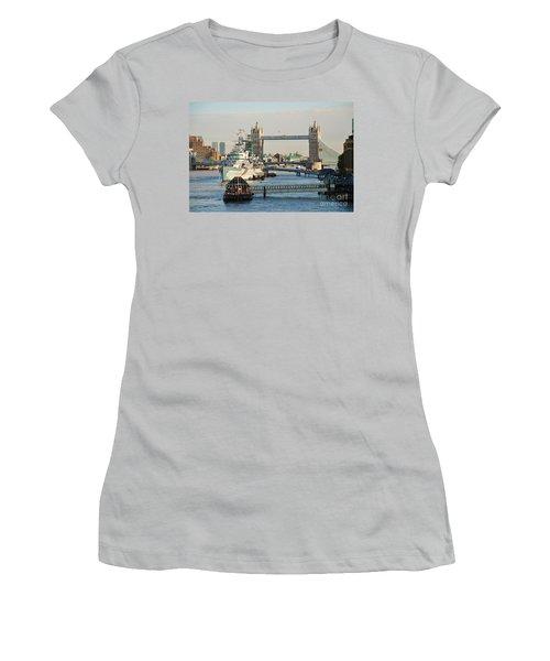 Hms Belfast London Women's T-Shirt (Athletic Fit)