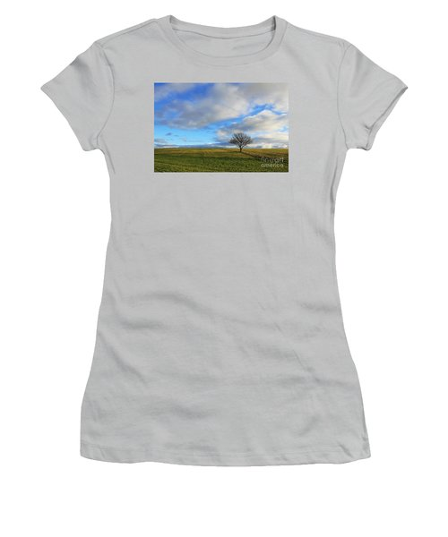 Lone Tree At Epsom Downs Uk Women's T-Shirt (Athletic Fit)