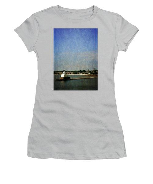 Manitowoc Breakwater Light 2.0 Women's T-Shirt (Athletic Fit)