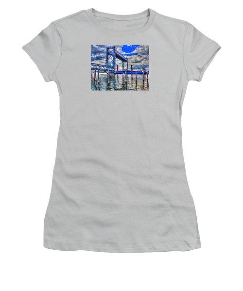 Memorial Bridge 034 Women's T-Shirt (Athletic Fit)