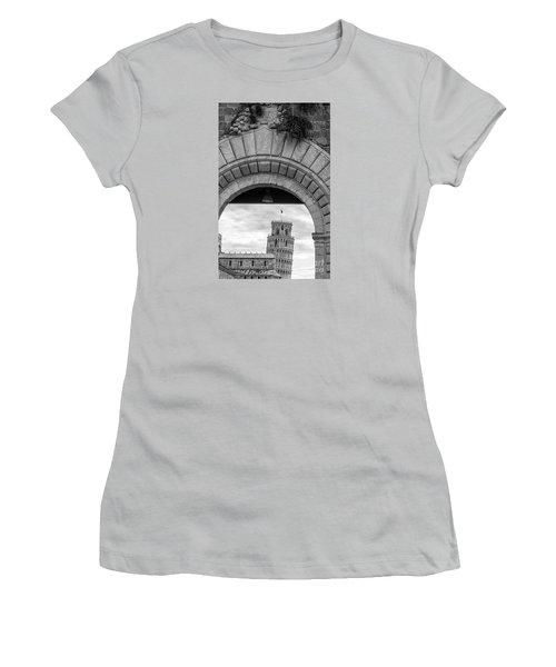 Porta Di Pisa Women's T-Shirt (Athletic Fit)