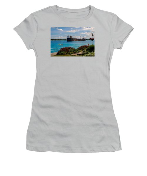 Ship And Kayaks Women's T-Shirt (Athletic Fit)