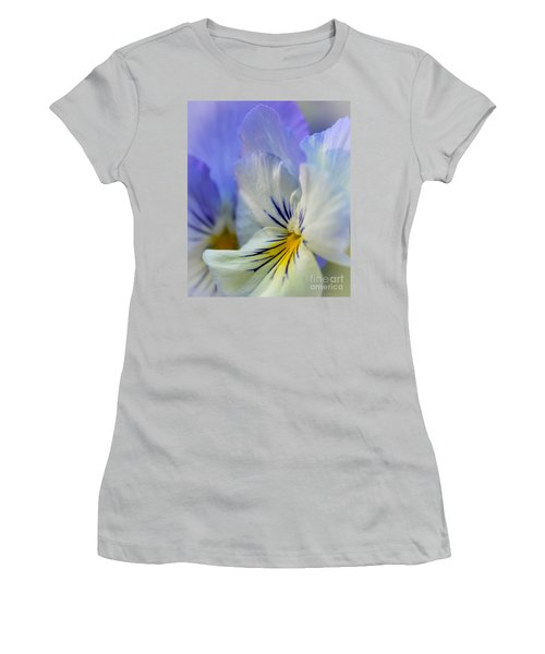 Soft White Pansy Women's T-Shirt (Athletic Fit)