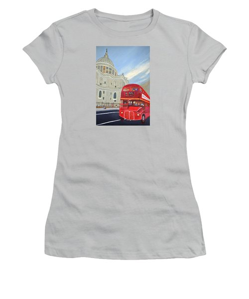 St. Paul Cathedral And London Bus Women's T-Shirt (Athletic Fit)