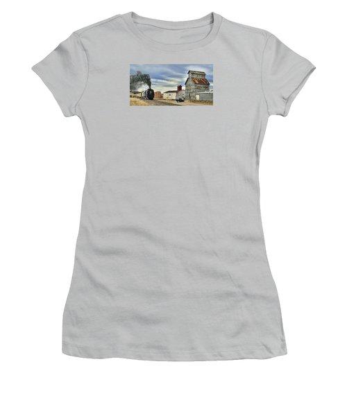 Steam In Castle Rock Women's T-Shirt (Junior Cut) by Ken Smith
