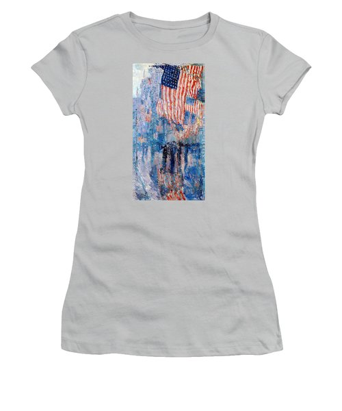 The Avenue In The Rain Women's T-Shirt (Athletic Fit)