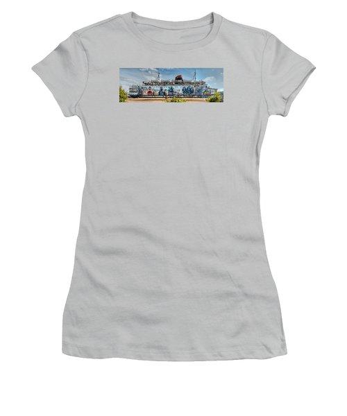 The Duke Of Graffiti Women's T-Shirt (Junior Cut) by Adrian Evans