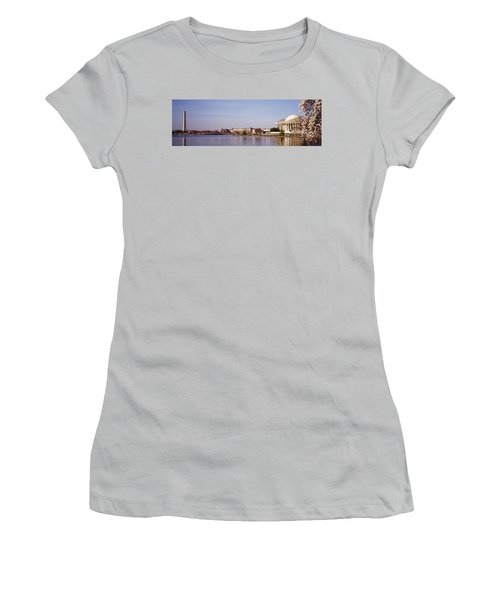 Usa, Washington Dc, Washington Monument Women's T-Shirt (Junior Cut) by Panoramic Images