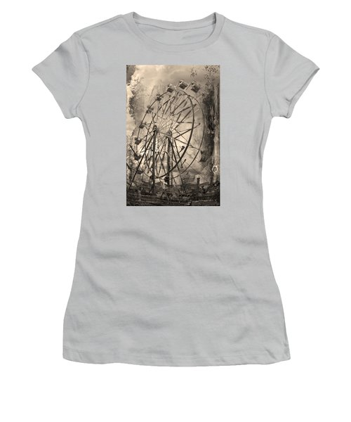 Vintage Ferris Wheel Women's T-Shirt (Athletic Fit)
