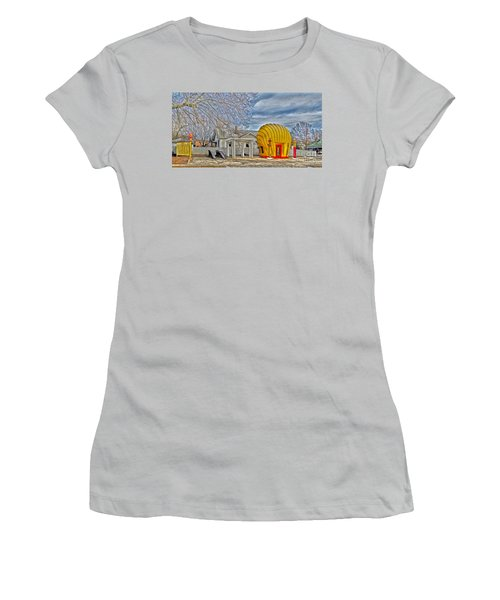Days Of Yesterday Gas Station Women's T-Shirt (Athletic Fit)