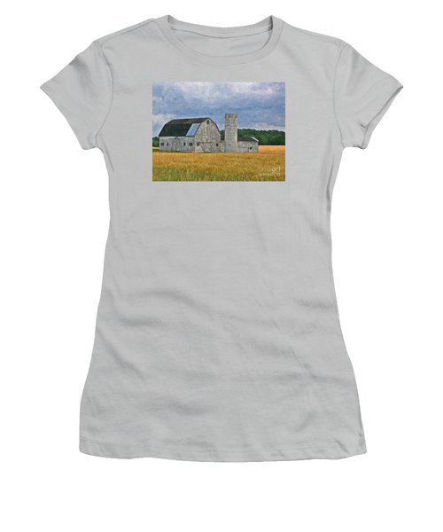 Wheat Field Barn Women's T-Shirt (Athletic Fit)