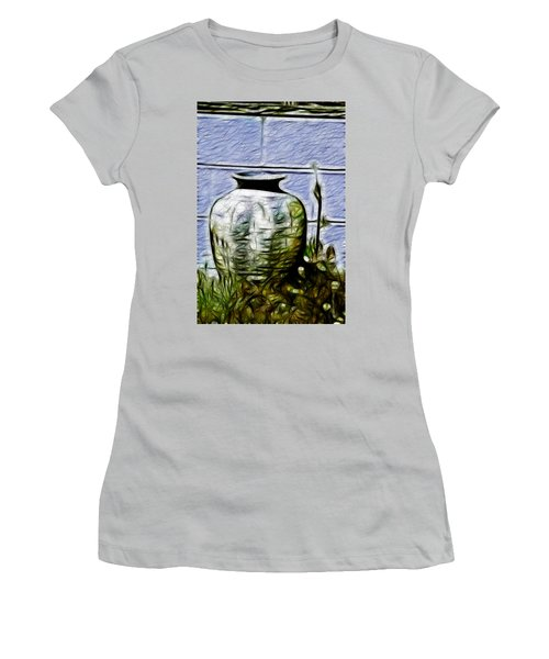 Mamas Old Vase Women's T-Shirt (Athletic Fit)