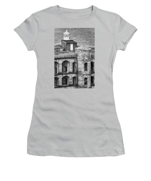 Women's T-Shirt (Junior Cut) featuring the photograph Battery Weed At Fort Wadsworth Nyc by Susan Candelario