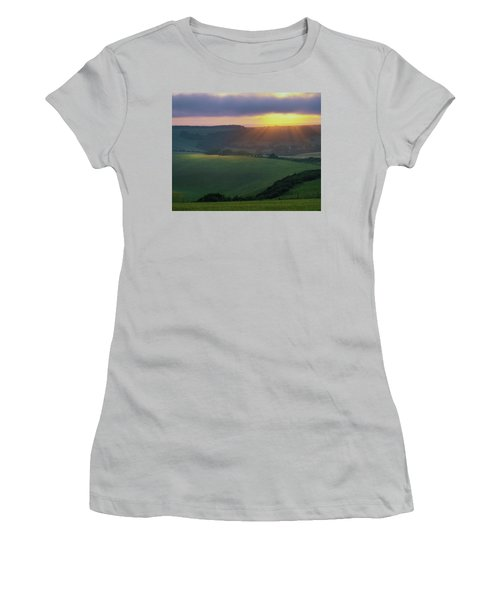 Sunset Over The South Downs Women's T-Shirt (Athletic Fit)