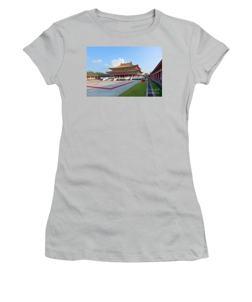 The Confucius Temple In Kaohsiung, Taiwan Women's T-Shirt (Athletic Fit)