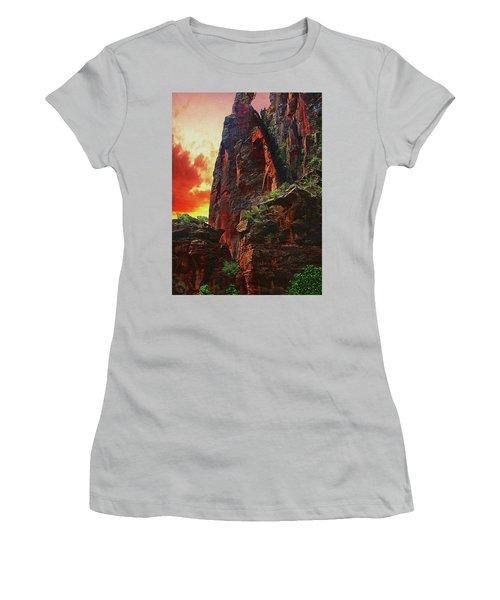 Sunrise In Canyonlands Women's T-Shirt (Junior Cut) by Gary Baird