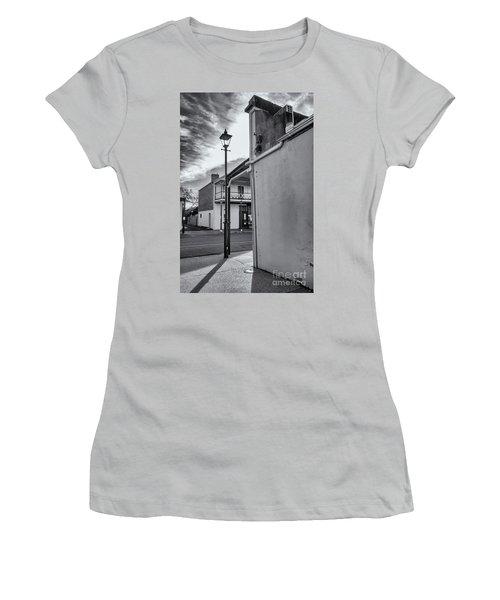 A Glimpse Women's T-Shirt (Athletic Fit)