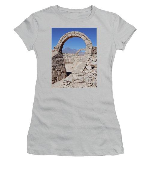 Pukara De Quitor Arches Women's T-Shirt (Athletic Fit)