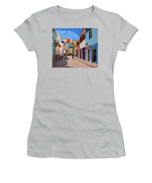 Women's T-Shirt (Junior Cut) featuring the photograph Art Students Drawing A Street In Guanajuato by John Kolenberg