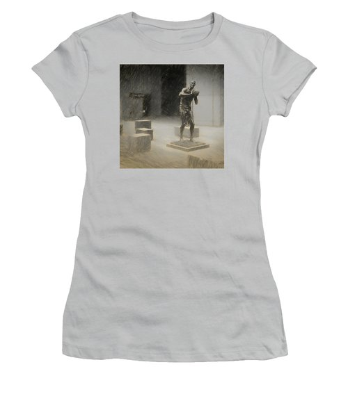 Bill Russell Statue Women's T-Shirt (Athletic Fit)