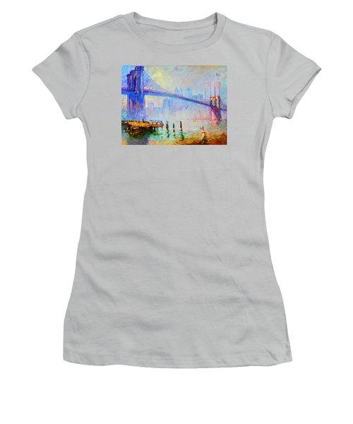 Brooklyn Bridge In A Foggy Morning Women's T-Shirt (Athletic Fit)