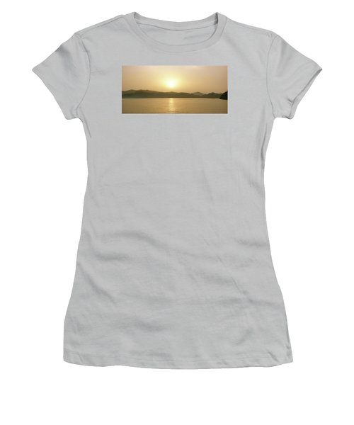 Cameroon Sunrise Africa Women's T-Shirt (Athletic Fit)