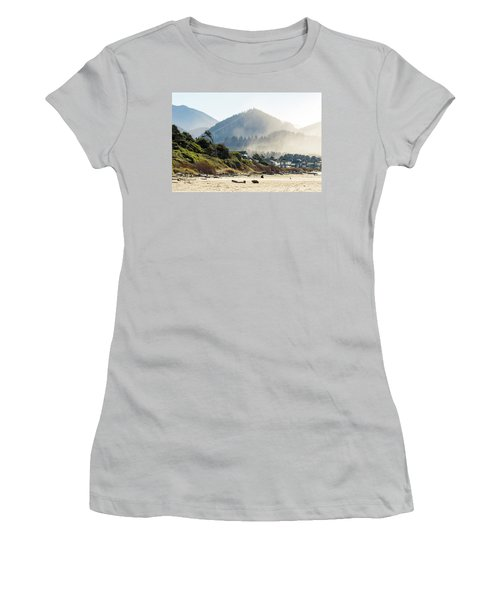 Cannon Beach Oceanfront Vacation Homes Women's T-Shirt (Athletic Fit)