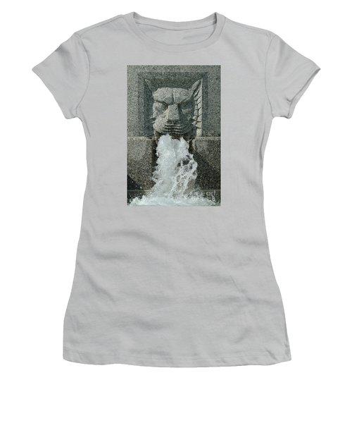 Senate Fountain Lion Women's T-Shirt (Athletic Fit)