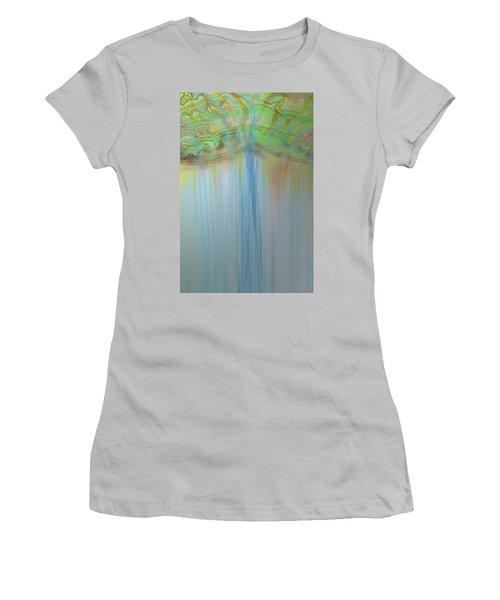 Edge Women's T-Shirt (Athletic Fit)