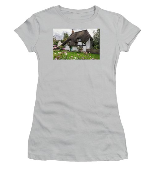 Hampshire Thatched Cottages 8 Women's T-Shirt (Athletic Fit)
