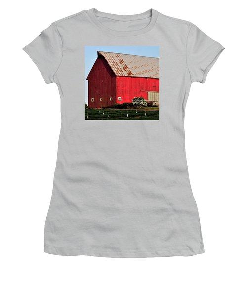 Hwy 47 Red Barn 21x21 Women's T-Shirt (Junior Cut) by Jerry Sodorff