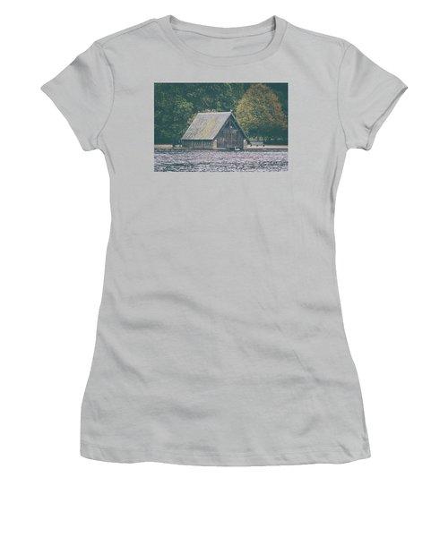 Hyde Park Women's T-Shirt (Athletic Fit)