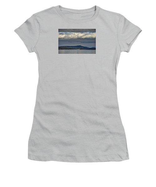 Irish Sky - Dingle Bay Women's T-Shirt (Athletic Fit)