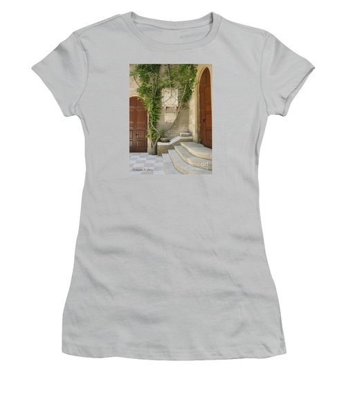 Italian Courtyard- Brindisi Women's T-Shirt (Athletic Fit)