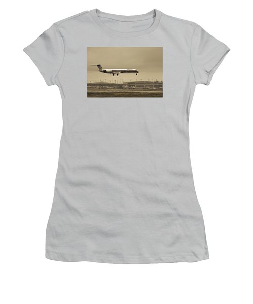 Landing At Dfw Airport Women's T-Shirt (Athletic Fit)